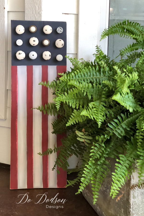 Show your patriotism this 4th of July with this easy DIY wooden American Flag sign for your front porch.