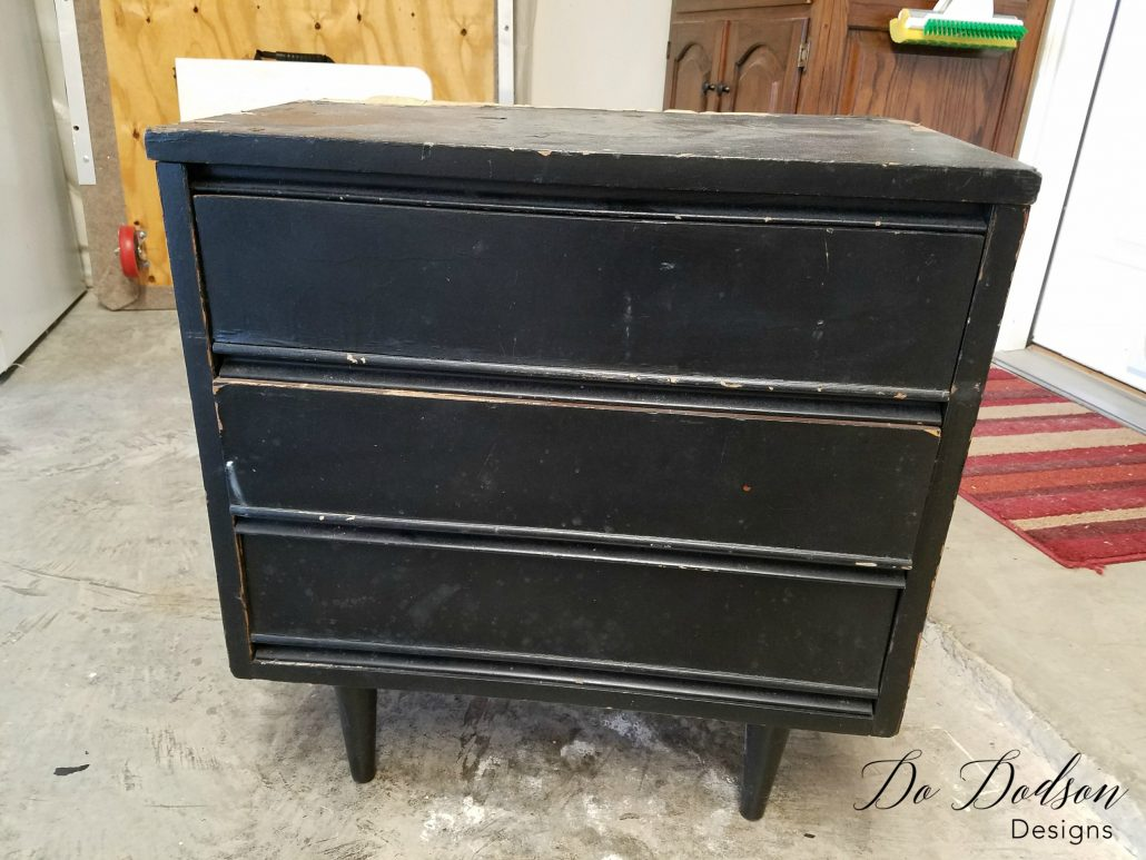Veneer Removal on a Dixie Nightstand / Painted Furniture Makeover