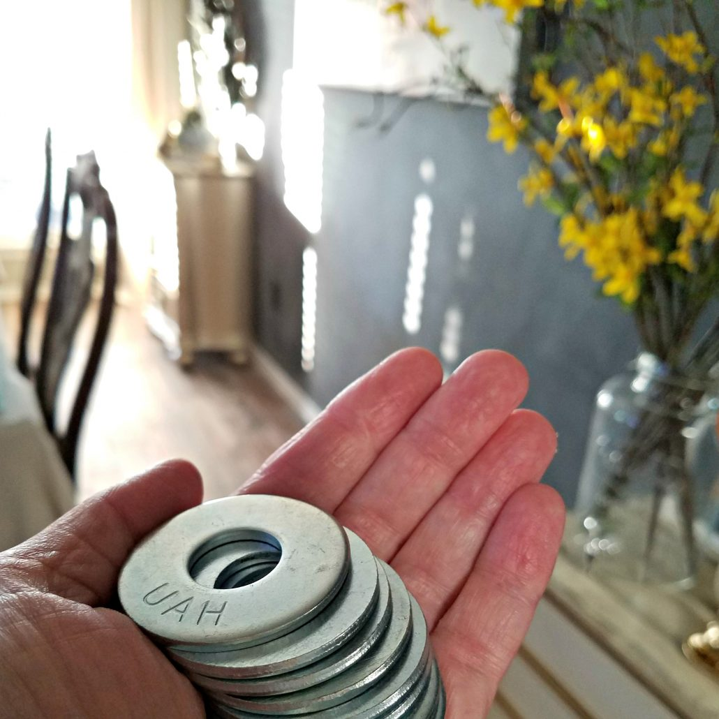 Wait till you see what I did with these galvanized washers! I made wooden tags! #woodentags