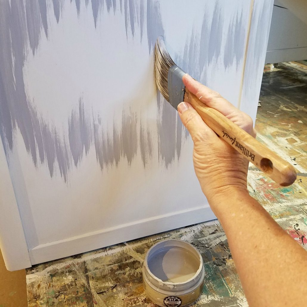 I began painting in small strokes, creating the outline of my design before adding the gold leaf. #dododsondesigns #goldleaf