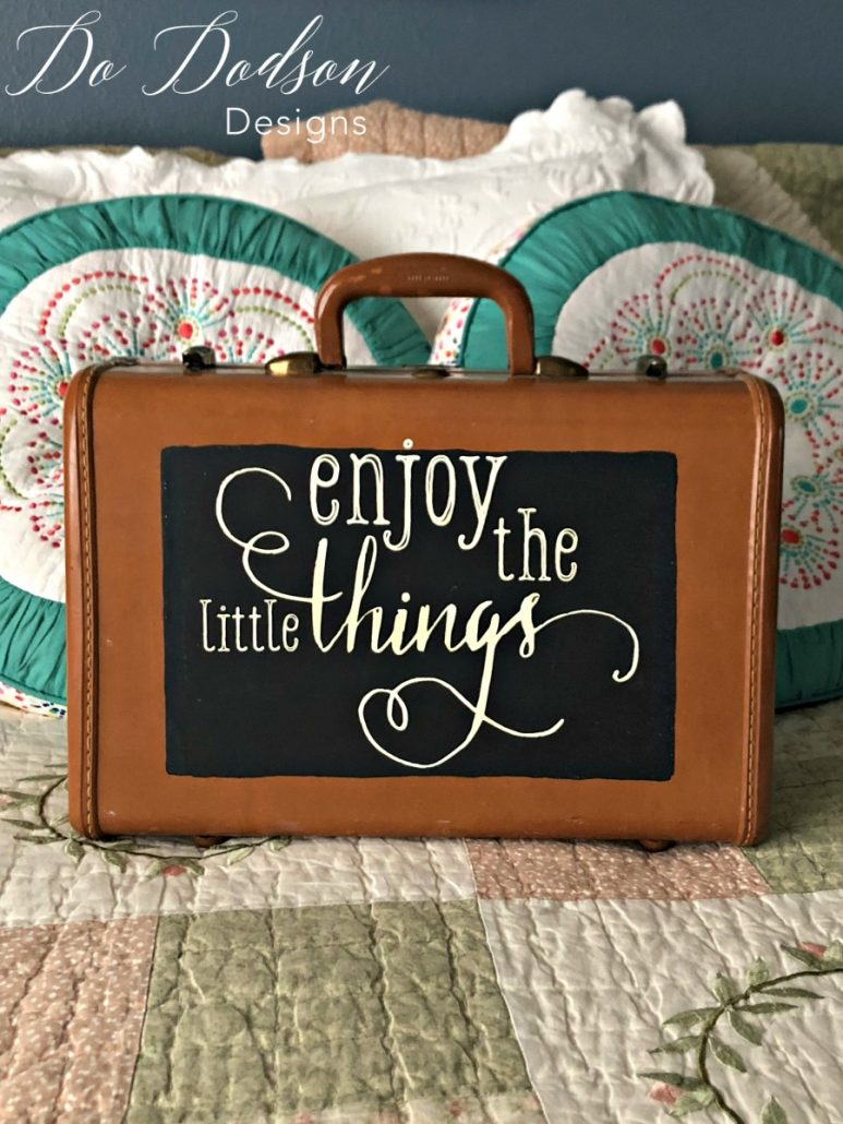 Enjoy the little things, like Chalk Couture. #chalkcouture #chalkboard