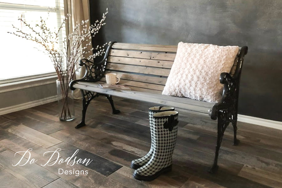 This would make the perfect outdoor porch bench for my front porch.