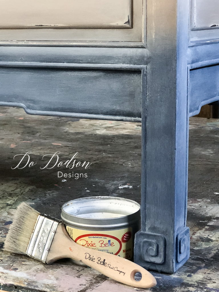 Check out how I created a faded denim painted look on this vintage bench. It was a great makeover!