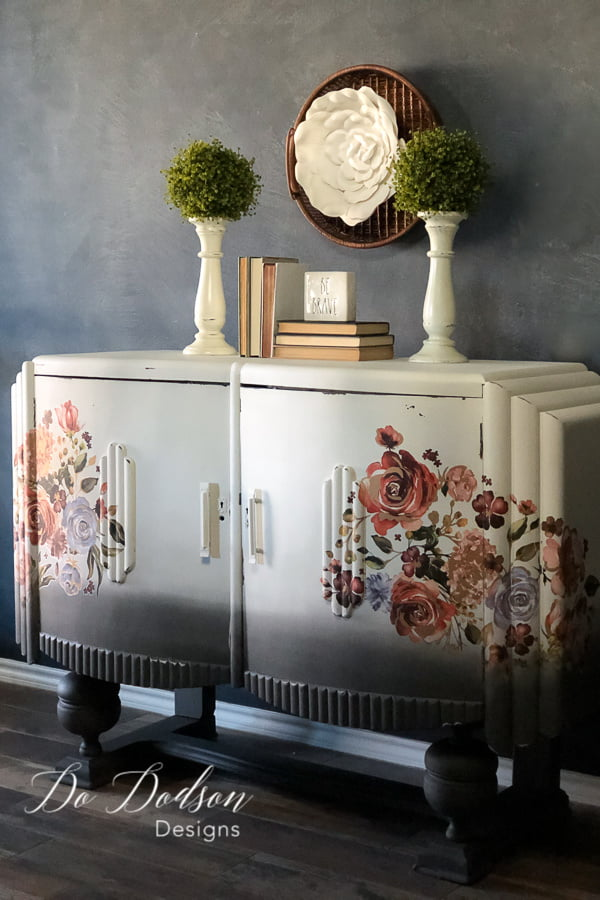 Using decor transfer on your painted furniture is a great way to add that WOW factor.