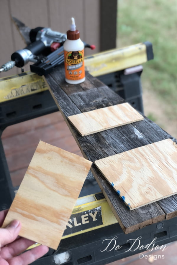 I connected the tree boards with some left-over 1/4 in plywood. Gorilla glue and a few quick nails.