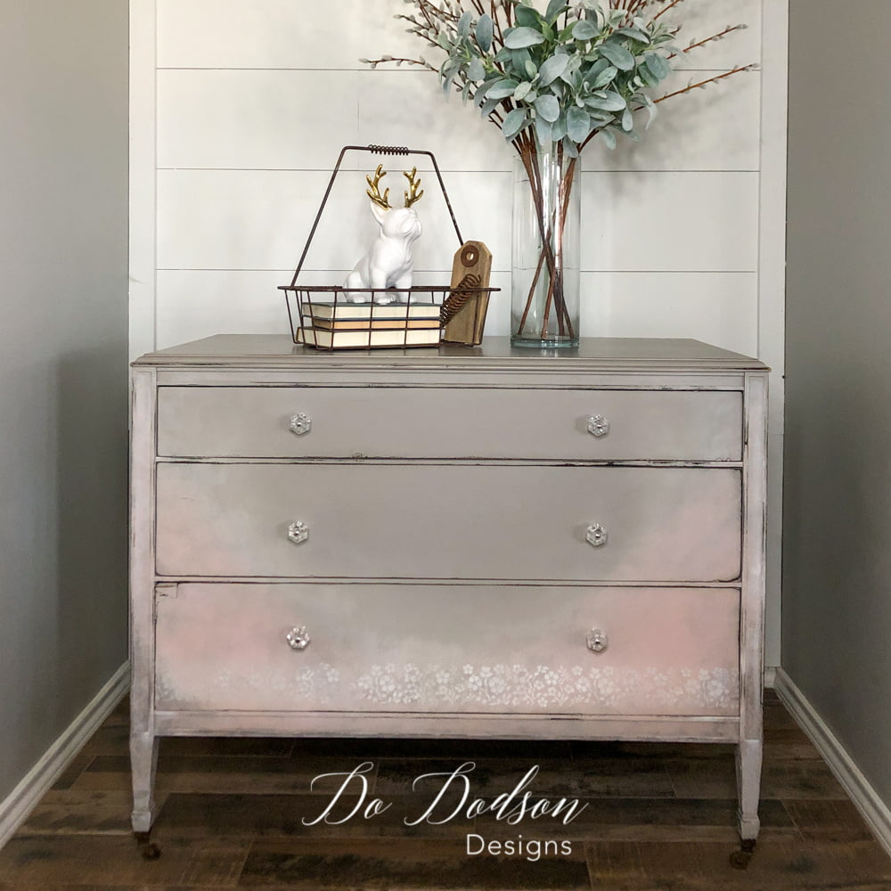 Do you want to learn how I created this look on this vintage dresser? JOIN ME in The Art Of Painting Furniture and learn all my creative finishes from the comfort of your sofa.