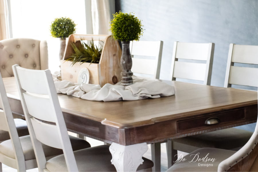 My dining room feels light and airy now. Whitewashing this table was the right decision for my farmhouse dining room.