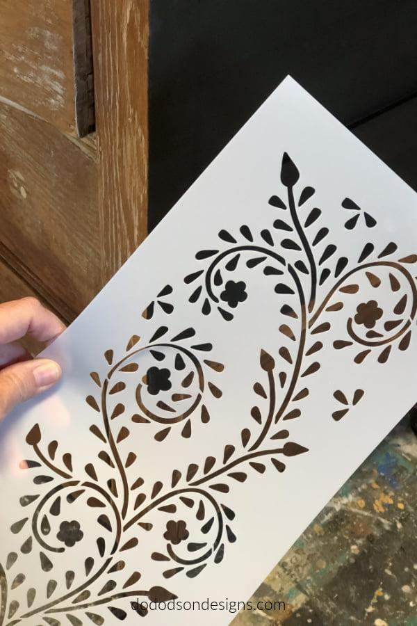 I L-O-V-E this Bone Inlay stencil pattern.  I can't wait to get it on my dresser.