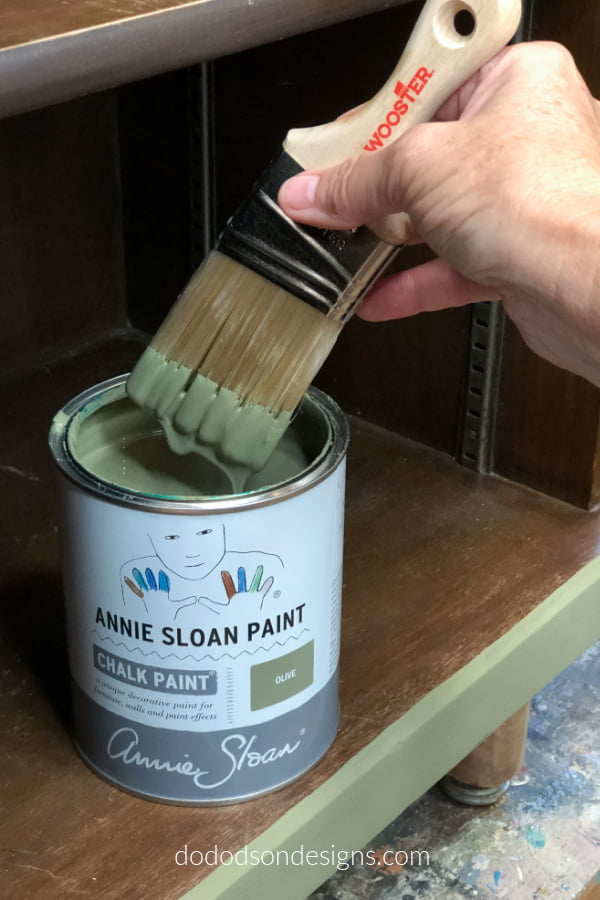 This chalk paint is super creamy and thick. I can't wait to try it out for the first time on my furniture.