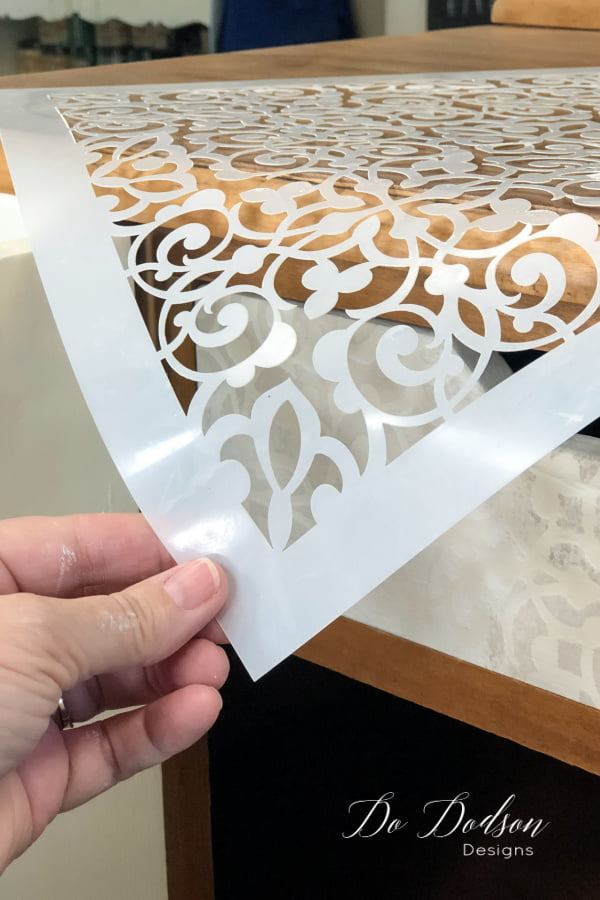 I need this in my life! That was my first thought when I received this new stencil from Dixie Belle Paint Co. But a Moroccan pattern would be hard to mesh with my farmhouse style... so after some thought, I decided to try it using a neutral color pallet with some chalk paint stenciling.