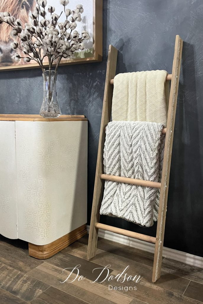 How To Make A Rustic Blanket Ladder For Almost FREE!