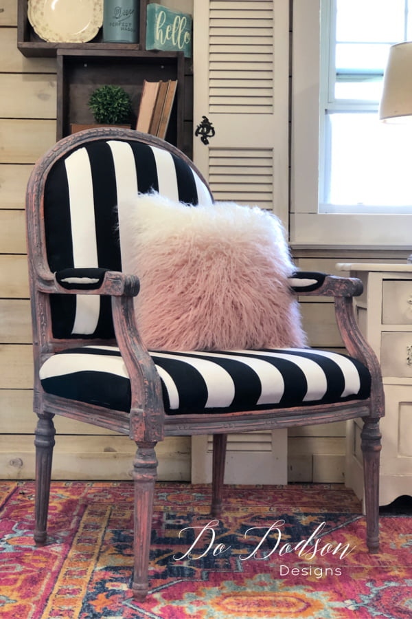 Go bold or go home! This vintage armchair had seen better days and all it needed was some chalk paint and a little love.  Now it's FABULOUS!