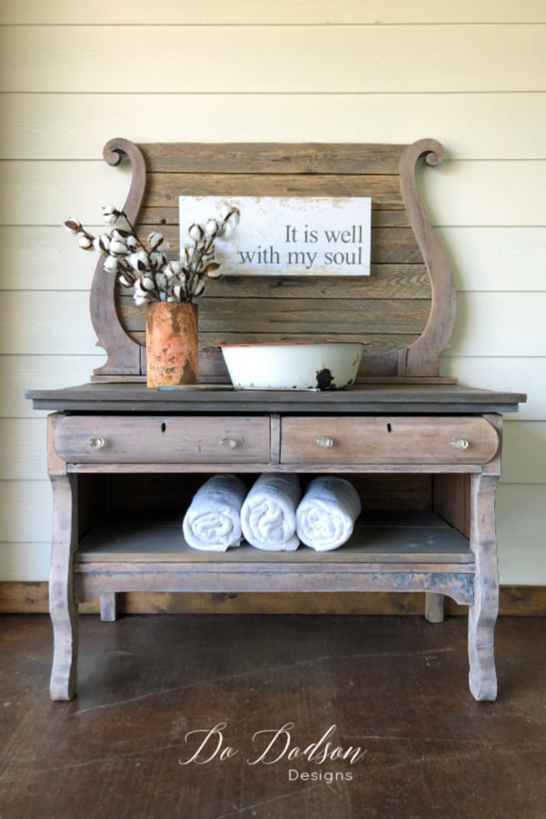 White Wax by Dixie Belle Paint Co was all I needed with this raw wood vintage wash stand makeover. It gives the wood a soft appearance and the  protection it needs with out chalk paint.