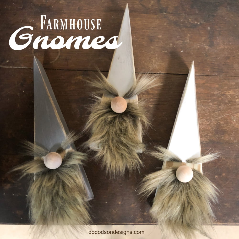 Make these cute Farmhouse wood block gnomes with a 2 X 4, paint and some faux fur. Simple DIY craft that anyone can do. Fun gift idea.
