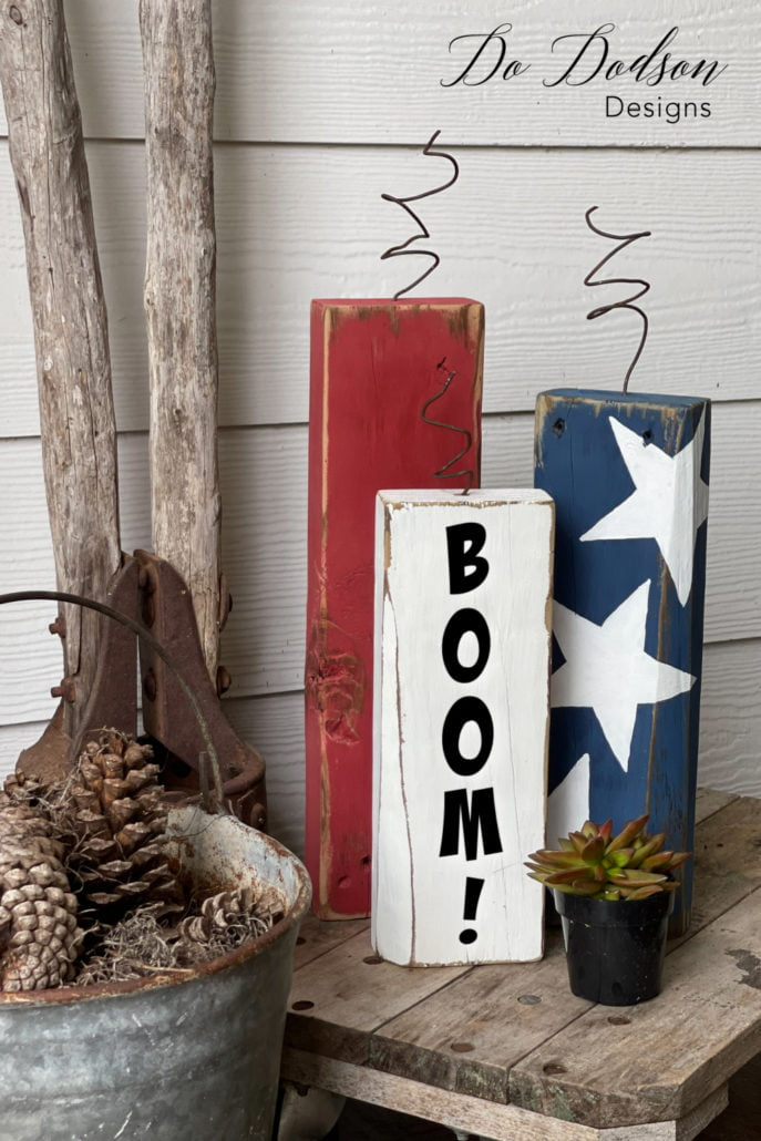 DIY Wooden Firecrackers... decorating with the red, white and BOOM! July 4th decor crafting at it's finest.