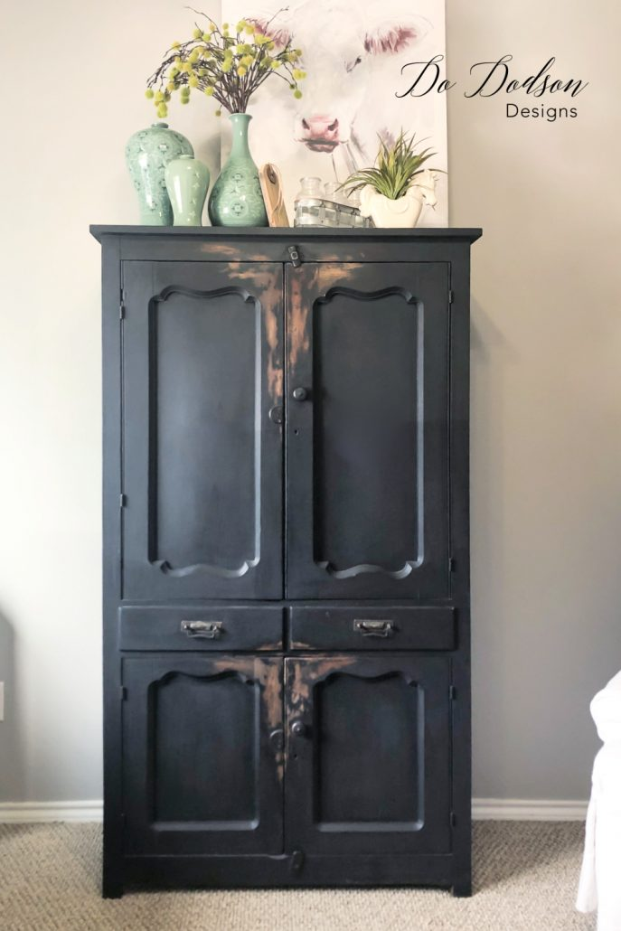 This black painted finish was the perfect choice for this vintage pie safe. It's one of my most treasured finds. I purchased a storage unit without knowing what I might find, and boy did I hit it big. It was full of vintage and antique furniture. SCORE!