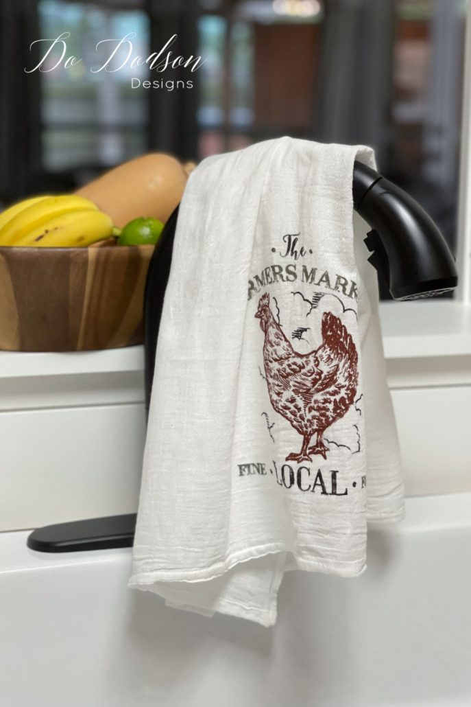 DIY Flour Sack Towels That Your Grandma Would Approve Of