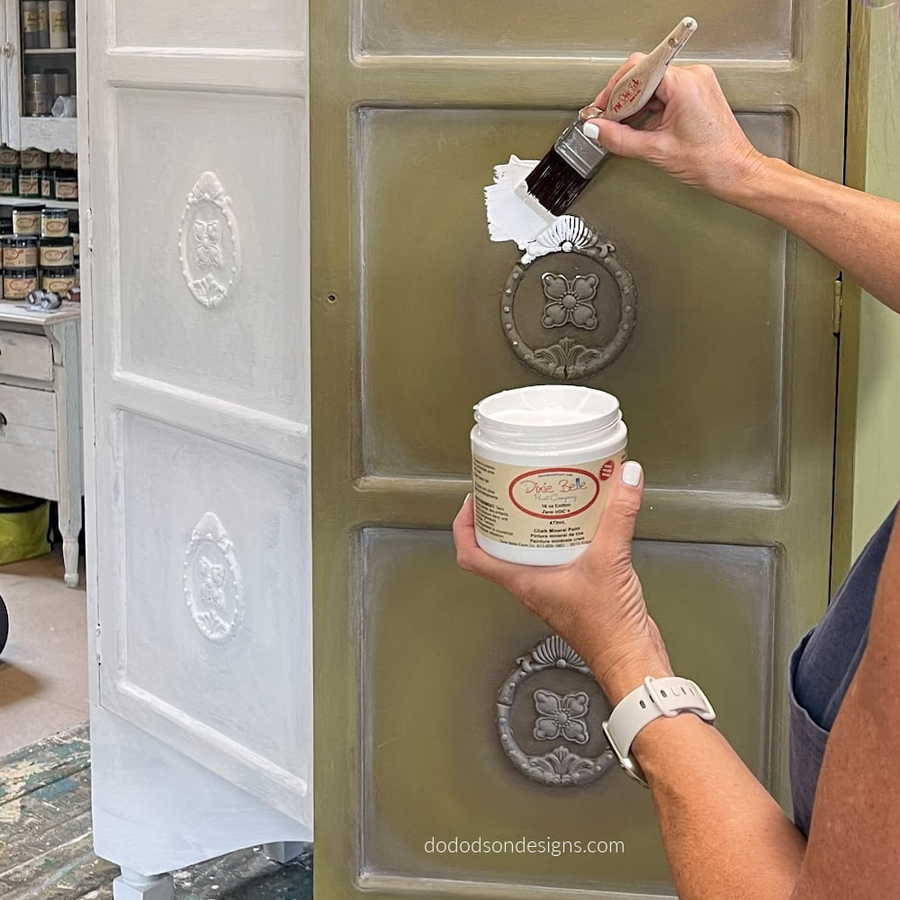 Before Repainting Chalk Painted Furniture... What You Need To Know!