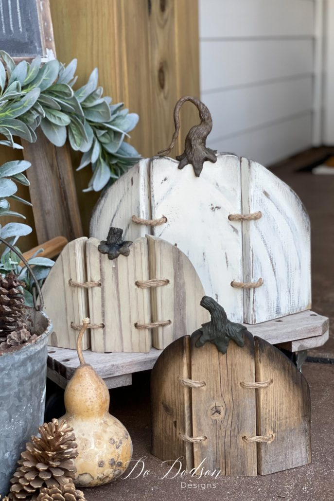 Are these not the cutest rustic wood pumpkins you have ever seen? Wait till you see how easy they are to make. It's a fun DIY Fall craft you gotta try.