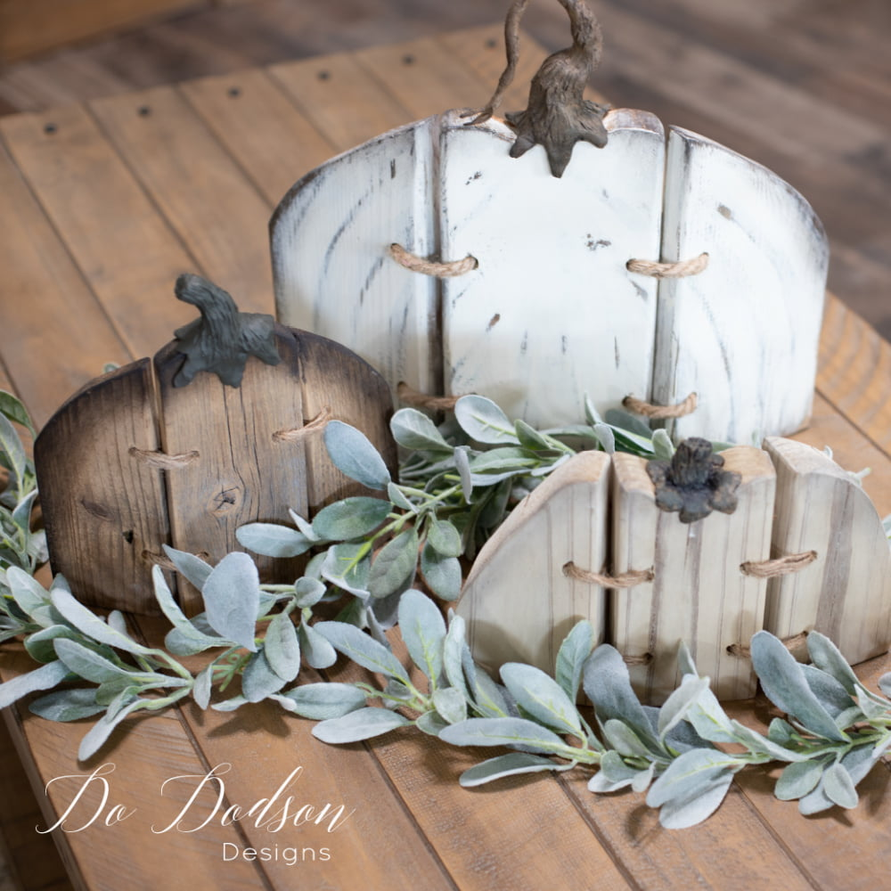 How cute are these??? Super simple and easy to make. Get the tutorial on my blog and make your own set of rustic wood pumpkins for your DIY Fall decor. Great for Halloween and Thanksgiving. Just add paint!