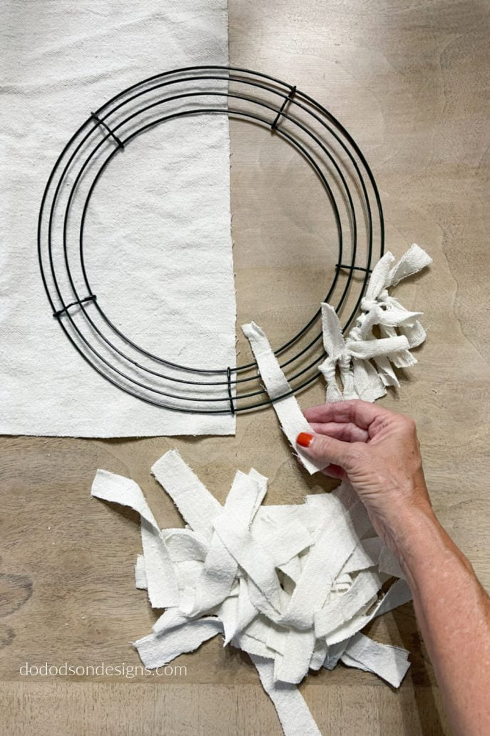 How To Make A Quick And Easy Drop Cloth Wreath - Step By Step Tutorial